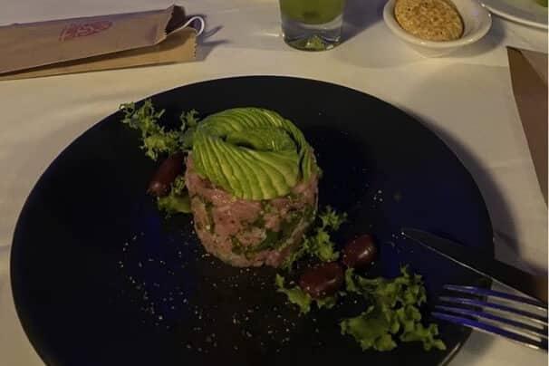 Tuna tartare steak in Mexico.
