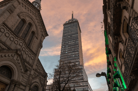 Torre Americana is the earthquake-resistant skyscraper in Mexico City.