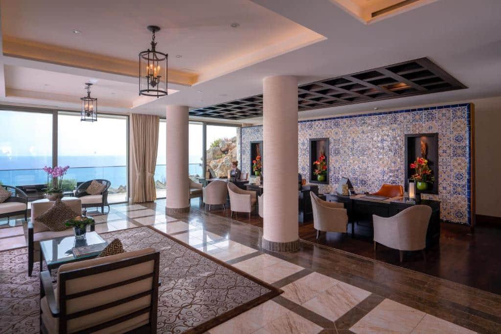 Hotel lounge, Jumeirah Port Sóller