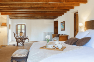 Hotel room in Finca Agroturismo Sarbosar