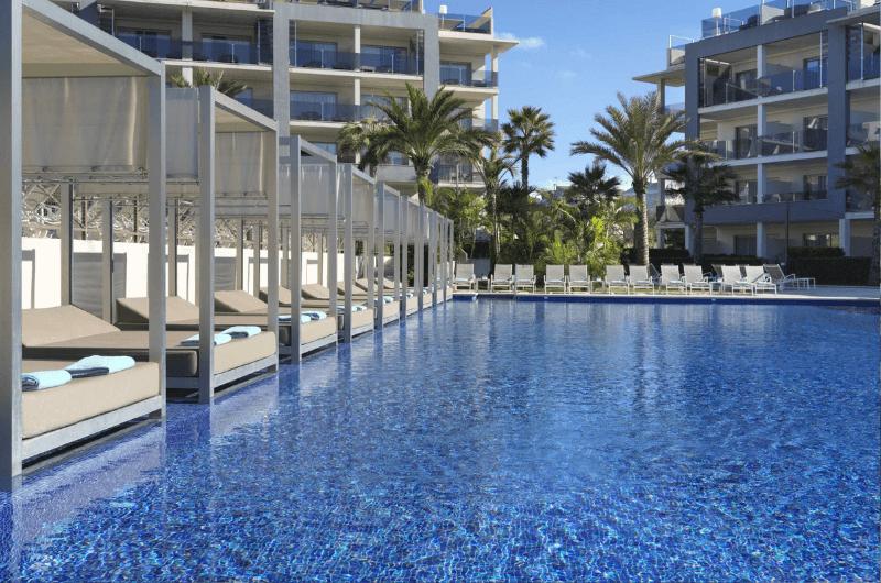 Pool at  Zafiro Palace, Mallorca