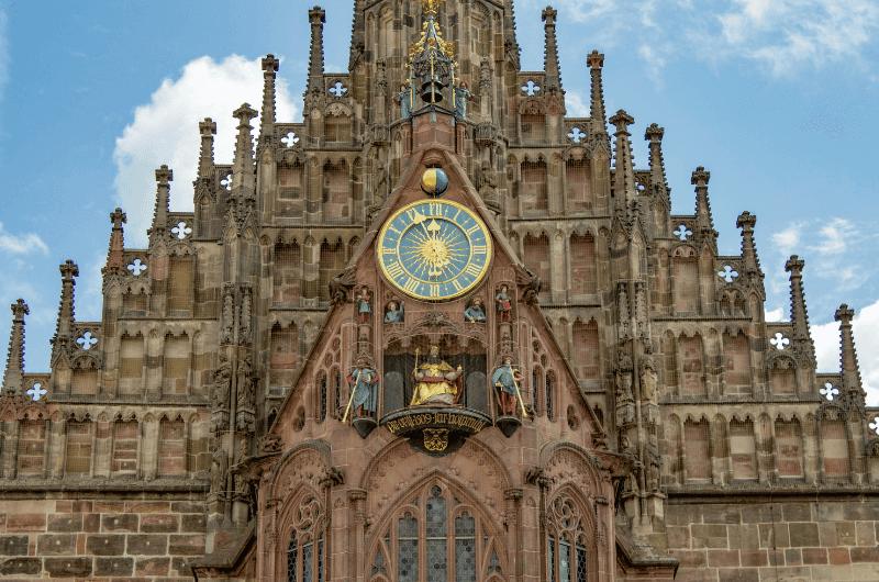 Frauenkirche medieval clockwork, Nuremberg
